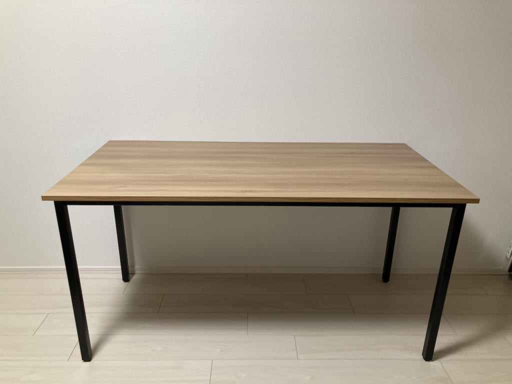 Garageのワーキングテーブルを組み立て07